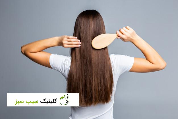 ۱۰ عادت مراقبت از مو که میتوانند موهای شما را خراب کنند